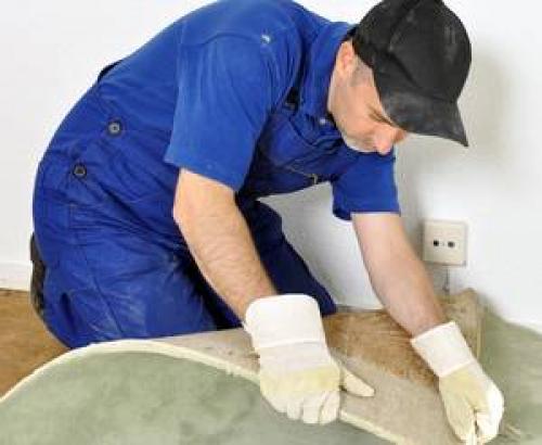 Как удалить клей от ковролина. Удаление коврового покрытия: советы и приемы