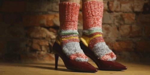 Как расширить обувь в домашних условиях из кожи если жмет в пальцах. Как растянуть обувь из кожзама