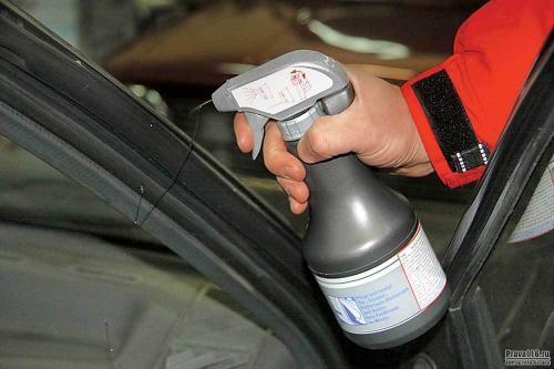 Как избавиться от сверчков в машине. Как убрать «сверчков» в салоне авто