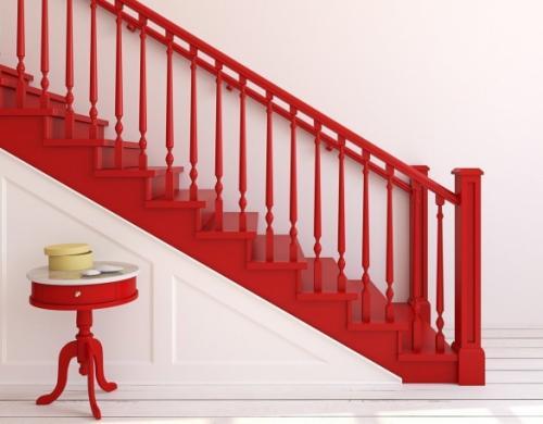 Как покрасить лестницу покрытую лаком. Когда красить лестницу