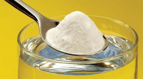 Как отстирать апельсиновый сок с белой одежды. Сода и жидкость для мытья посуды