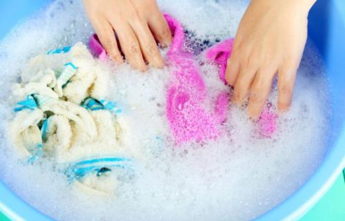 Как убрать слайм с одежды в домашних условиях. Как убрать слайм с одежды, если он прилип, в домашних условиях?
