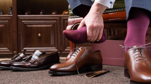 Как растянуть новую обувь в домашних условиях. Как разносить узкую обувь. 10 эффективных способов
