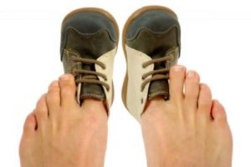 Растянуть обувь на размер в домашних условиях. Народные методы растяжки обуви в домашних условиях